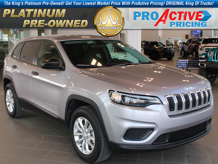 Pre-Owned 2019 Jeep Cherokee Sport DEALER DEMO SPECIAL!